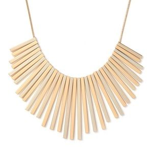 Linear Pendant Collar Necklace